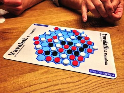 A 3-player game of Yavalath